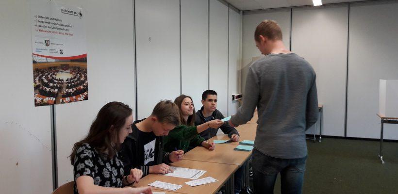"""""""Wen soll ich wählen?"""" –  Junior-Landtagswahlen am GBG"""
